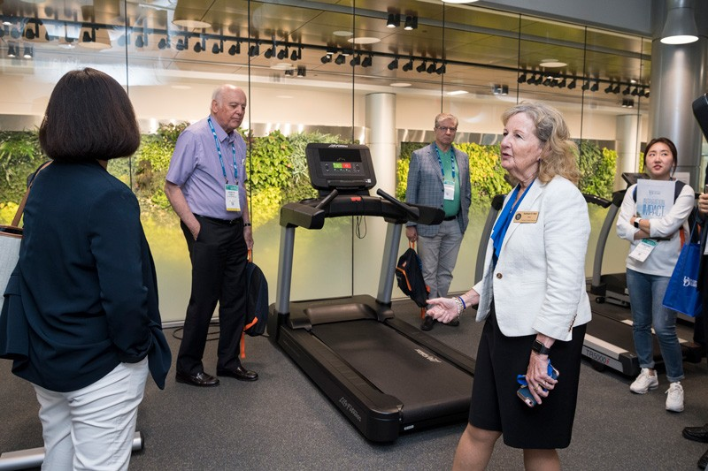 Global leaders in biotechnology and life sciences touring STAR